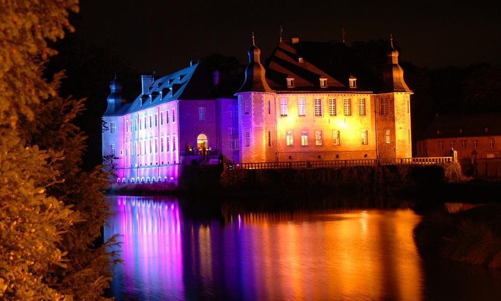 """Die """"Illumina"""" auf  Schloss Dyck in Jüchen läuft vom 5. bis 14. September Foto:M.Reuter"""